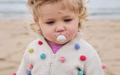 Tétine, pour ou contre? Les six résultats d'études scientifiques que les parents devraient connaitre. Avantages et dangers.